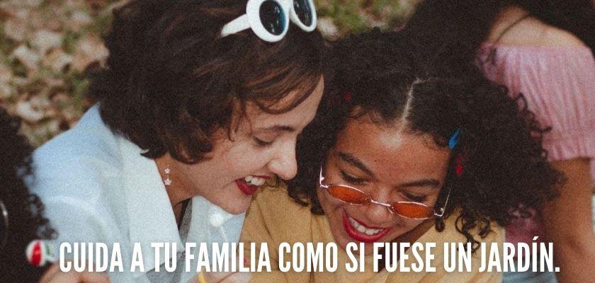 Frases cortas sobre la familia feliz